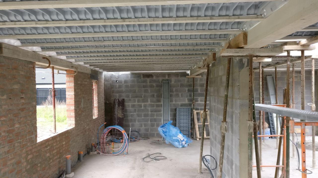 Préparation pour la dalle de l'étage