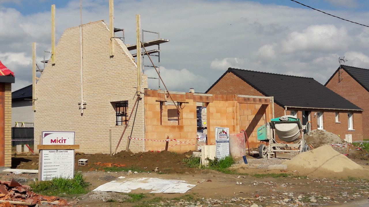 Voilà qui commence à ressembler à une maison...