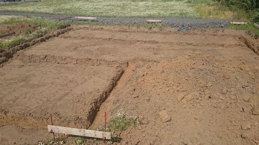 le terrassement est fait, prêt pour les fondations