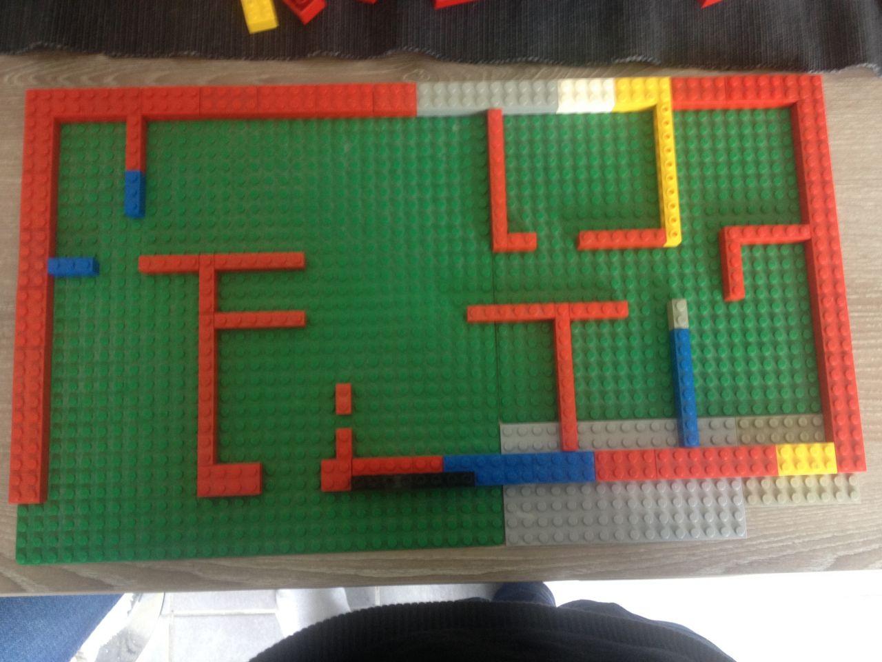 première version ... lego