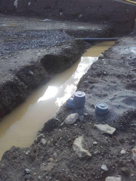 Les fouilles pleines d'eau