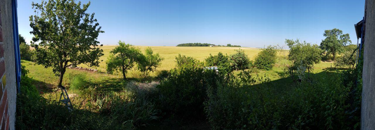 Panorama de la vue derrière la maison