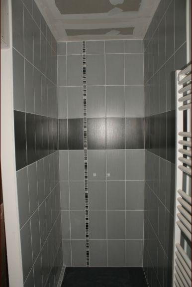 La salle d'eau parentale terminée (côté douche)