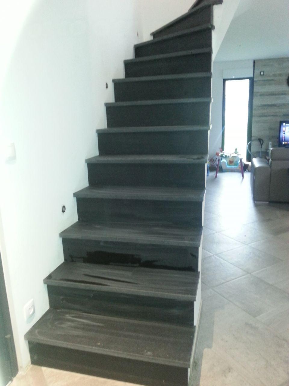 dressing plomberie tage et coffrage rev tement escalier en granit noir du zimbabwe effet. Black Bedroom Furniture Sets. Home Design Ideas