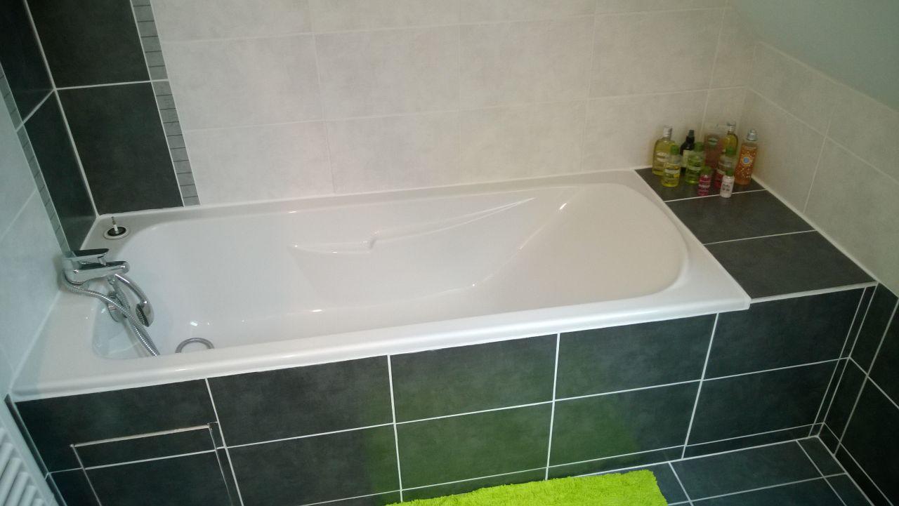 Habillage baignoire terminé.