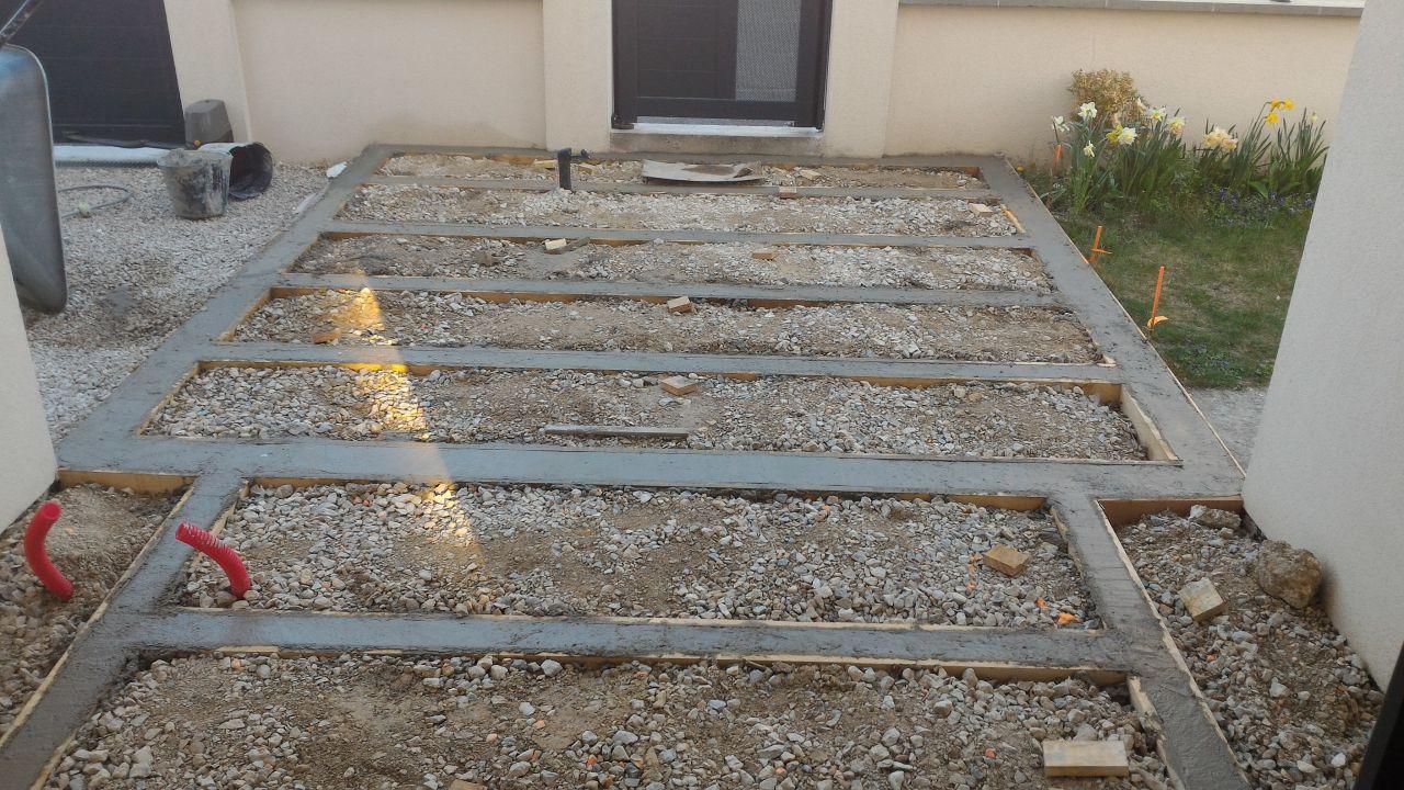 Coffrage pour structure béton - coulage du béton terminé