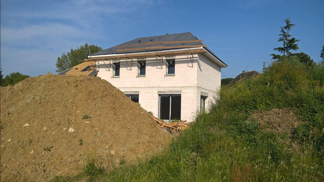 couverture de la maison en ardoises naturelles