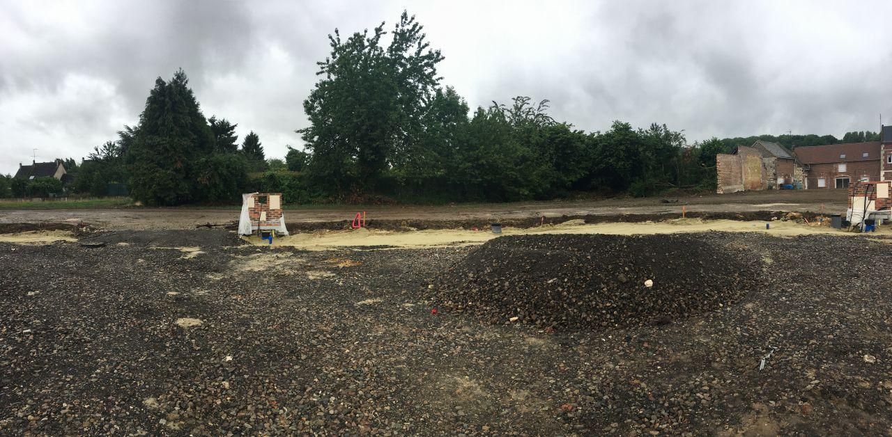 Voici notre futur terrain en lotissement ARSY (60) <br /> Quelle que arbre a enlever