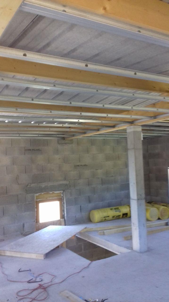 Plafond auto-portant à l'étage