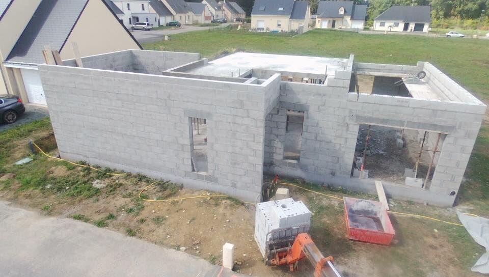dalle de l'étage (vue aérienne) et face avant