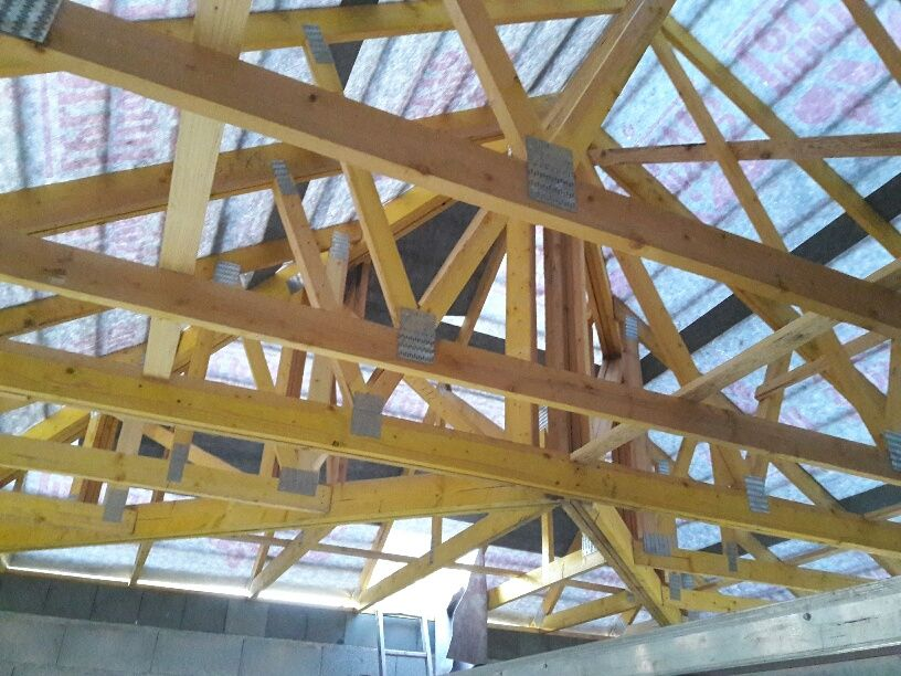 Charpente industrielle du toit 4 pans principal