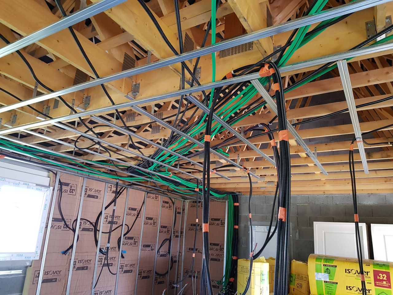 Mise en place des rails pour placo + elec et plomberie