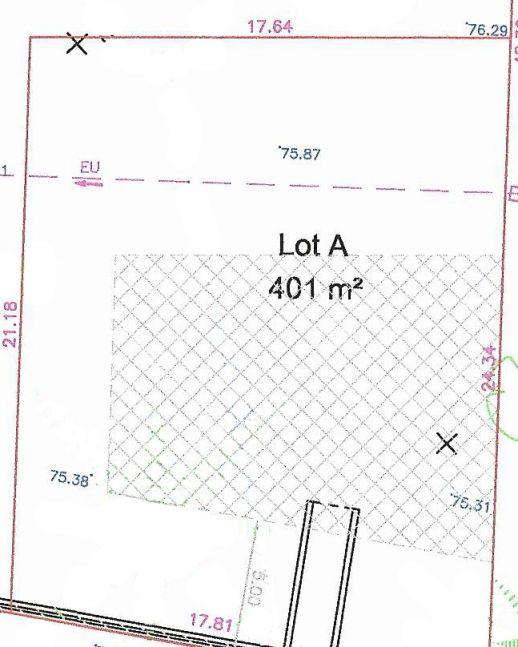 Plan du terrain avec implantation du projet selon le PLU