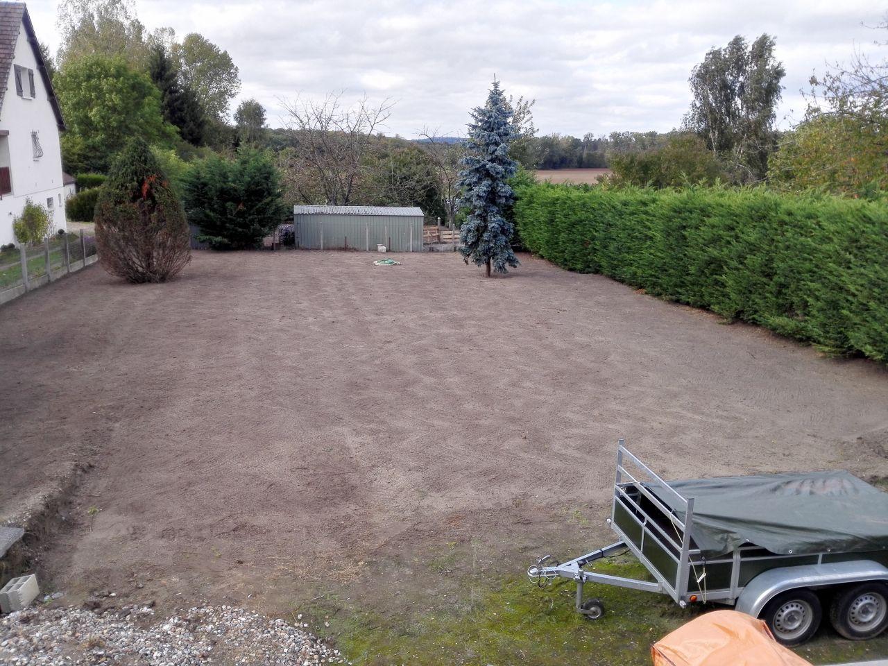 Terrain derrière la maison