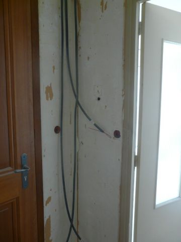 L'entrée avec le reste des anciens interrupteurs