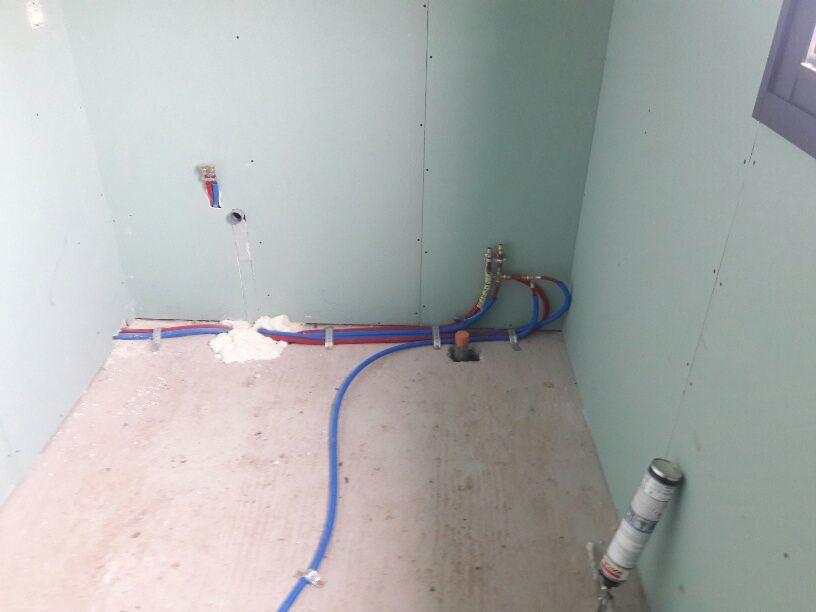 Plomberie - arrivée d'eau à l'étage (baignoire)