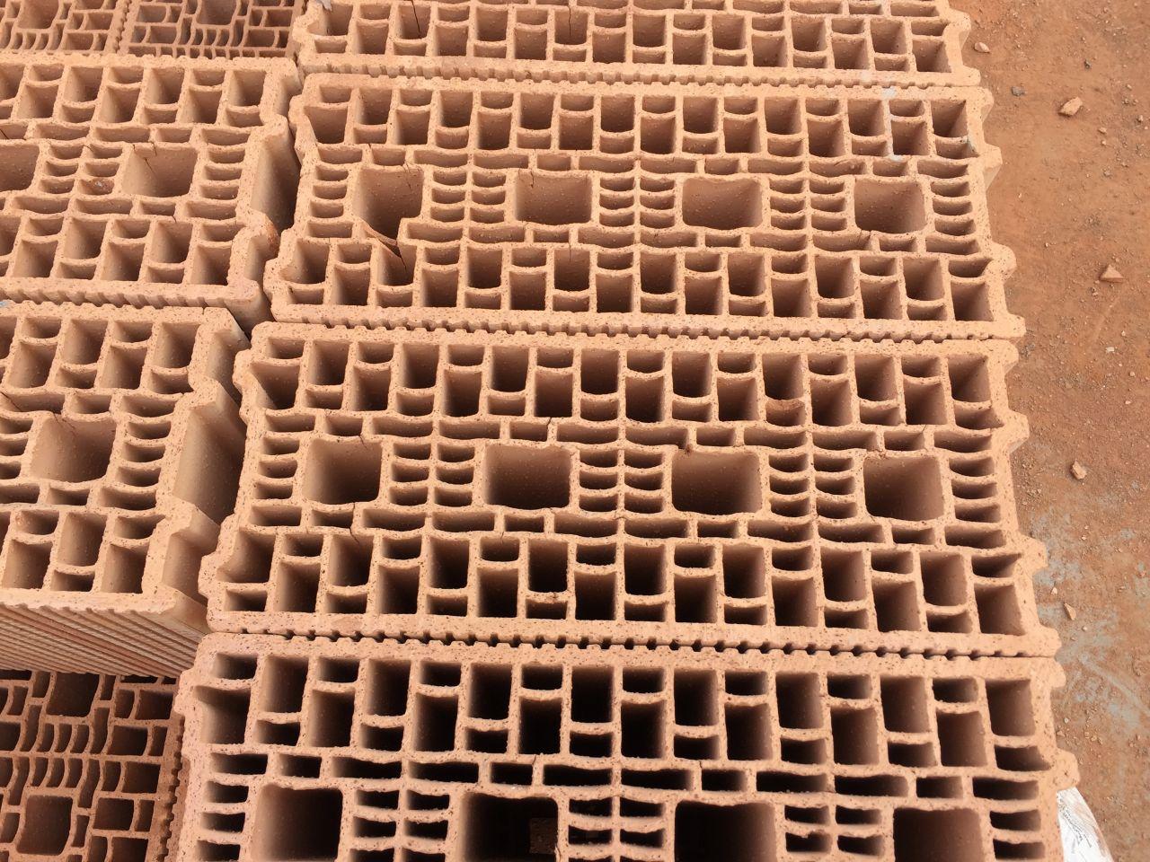 Les briques de notre maison