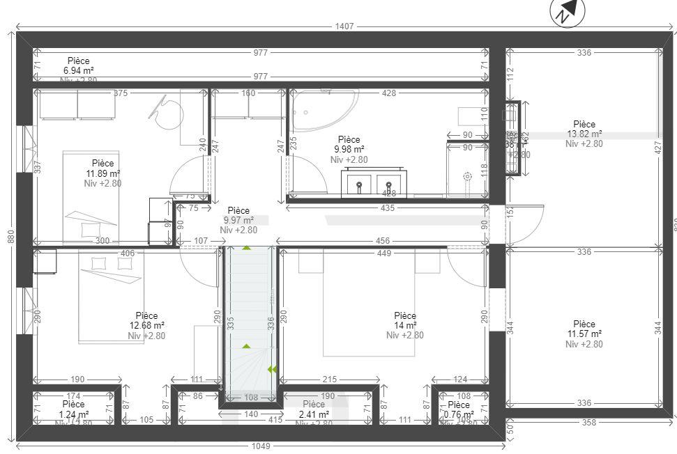 Voila pour l'étage. <br />  <br /> Le grenier sera en combles aménageables (plancher béton sur tout l'étage) avec la préparation d'un accès depuis la chambre pour faire un dressing (le linteau sera déja prévu dans la maconnerie, restera plus qu'à casser la brique en dessous).