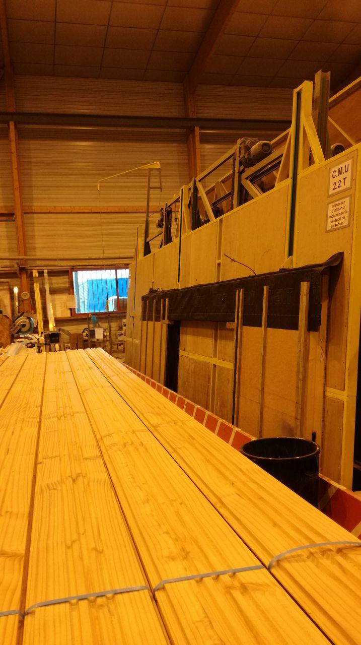 Visite des ateliers IC Bois - mur salon façade Sud en cours de fabrication