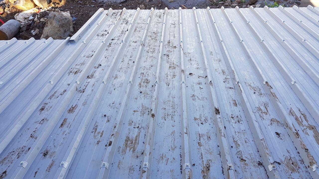 Le toit après le passage des ouvriers d'EGL
