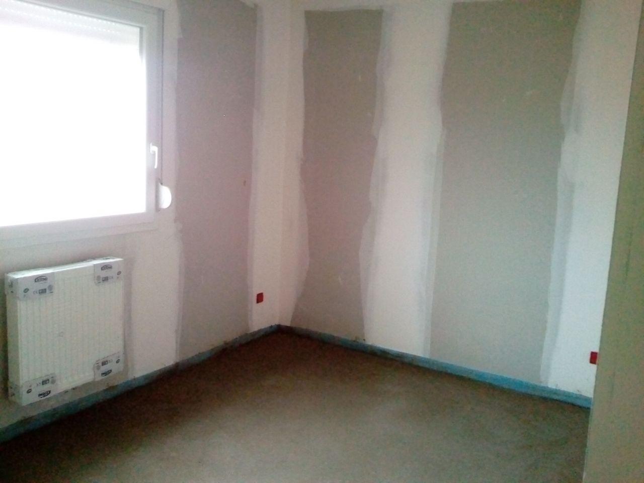 Chambre 2 avec radiateur