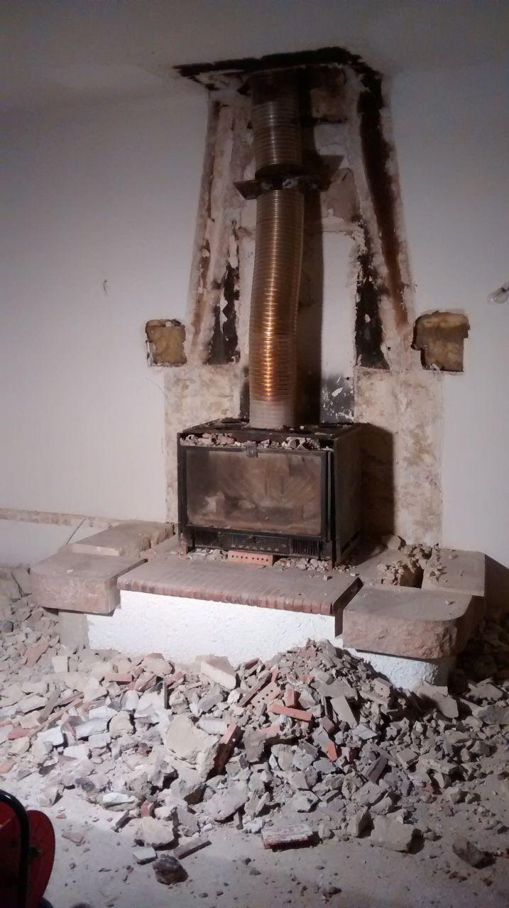 Démolition de la cheminée