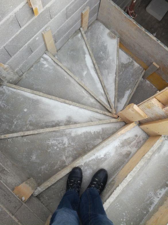 Plancher haut / escalier