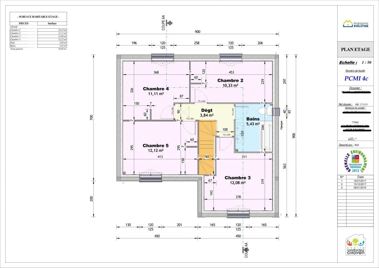 Etage 4 chambre + salle de bain ( la baignoire risque d'etre orienté dans le fond de la pièce)