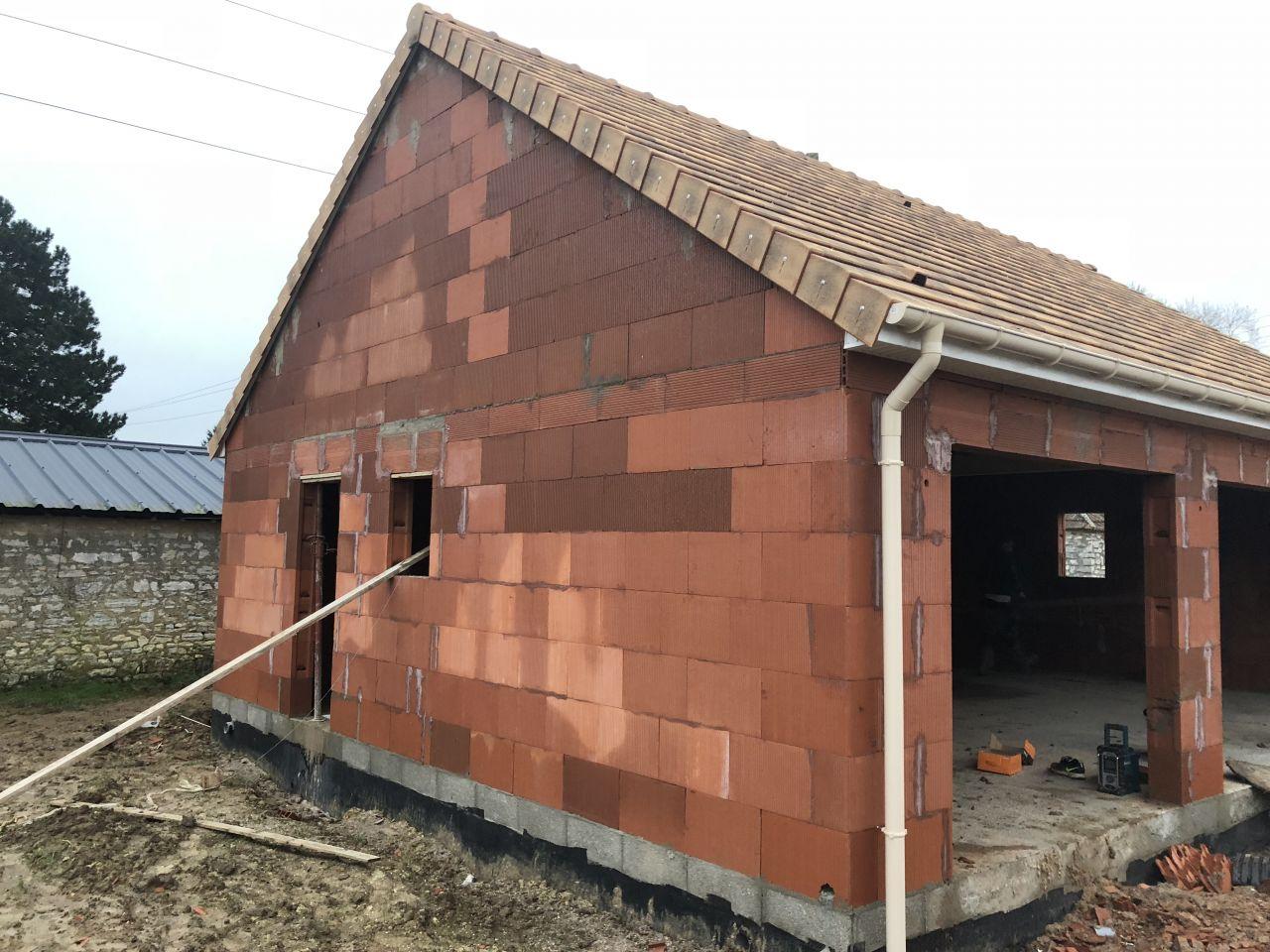 Couverture du garage terminée.