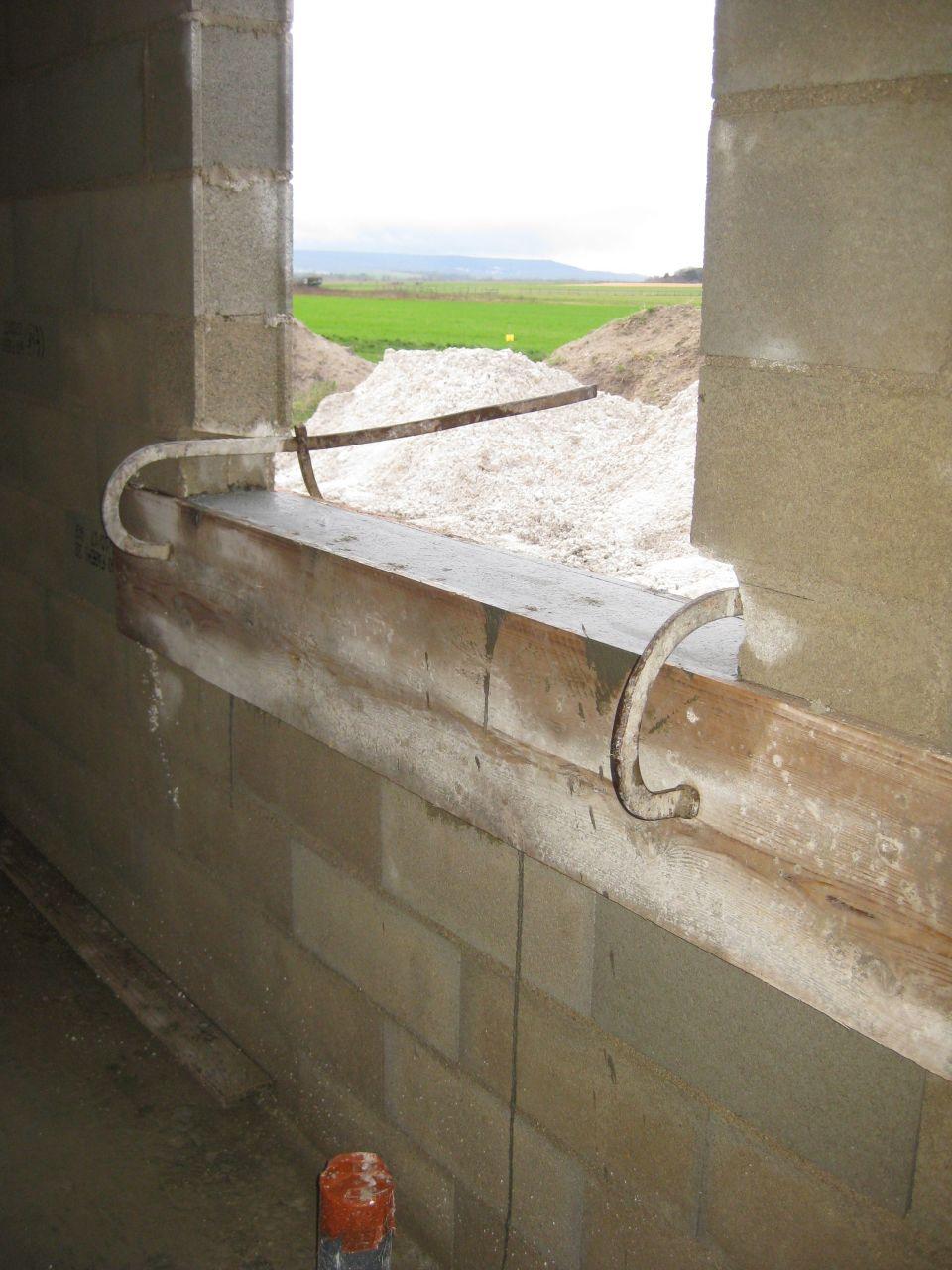 Coffrage pour mise à hauteur des fenêtres
