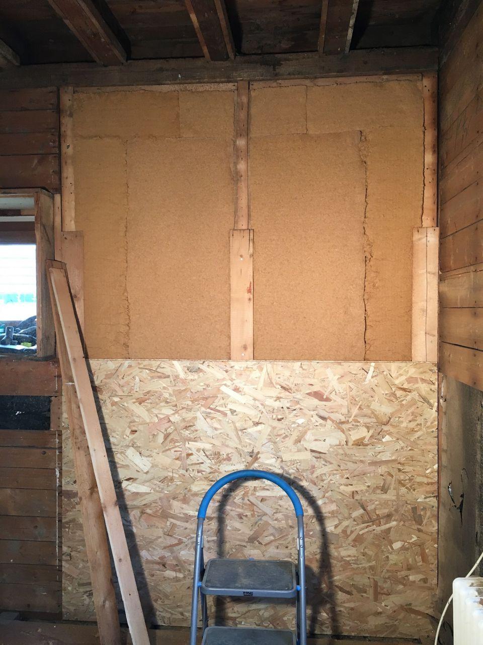 Isolation entre montants en laine de bois
