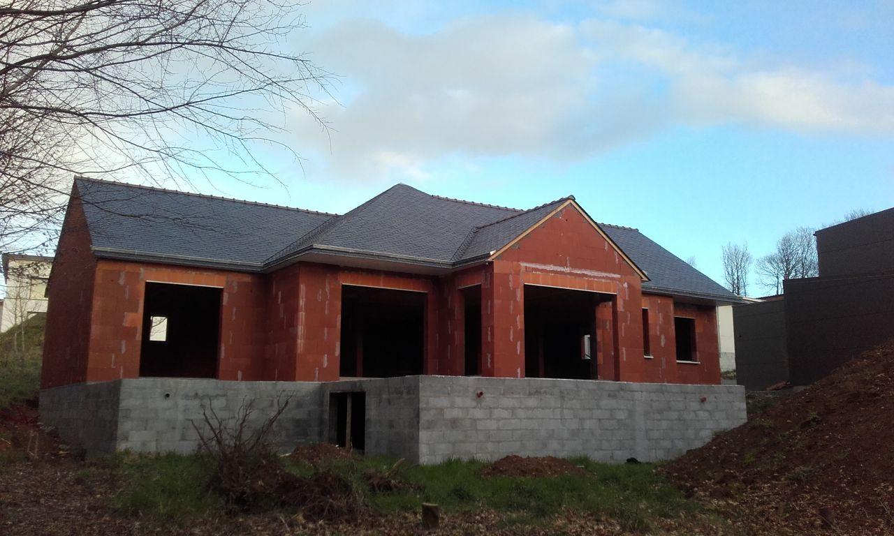 La couverture terminée - vue façade