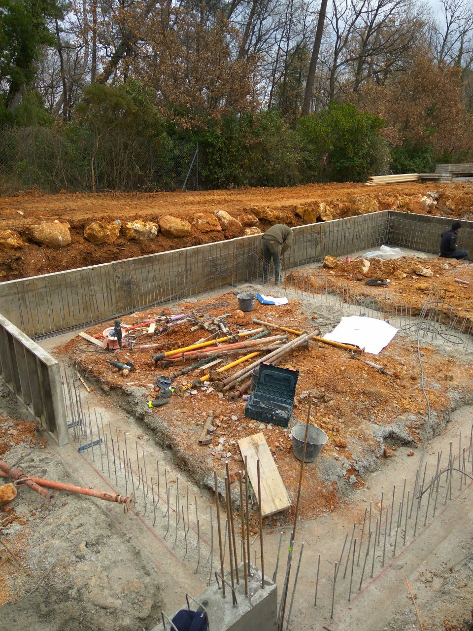 vide sanitaire en beton banché (80cm)