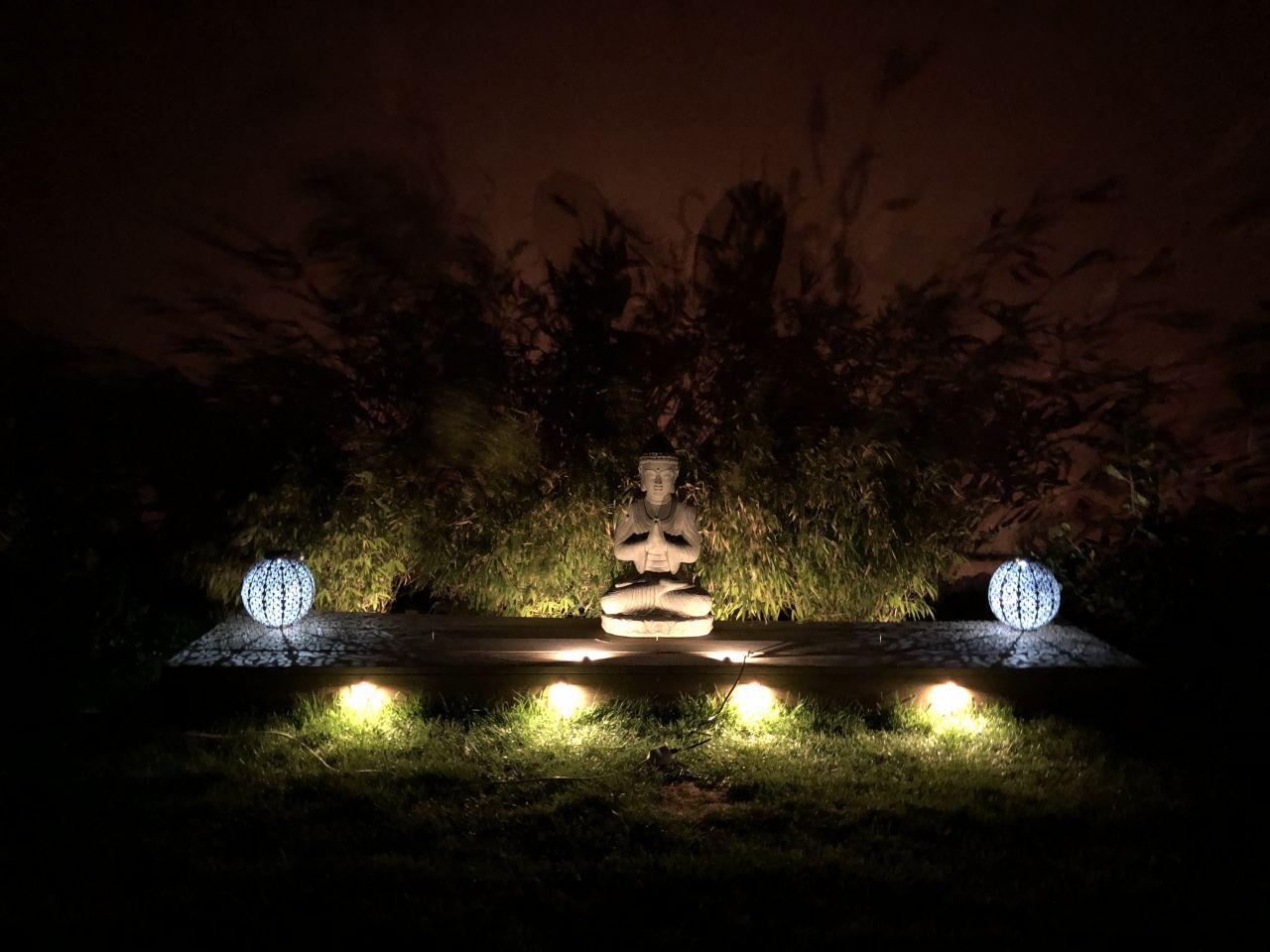 Positionnement des spot led du bouddha