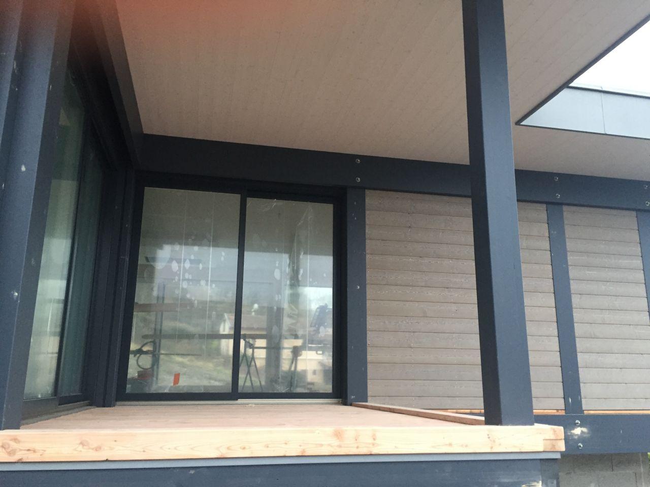mise en place du plancher du balcon