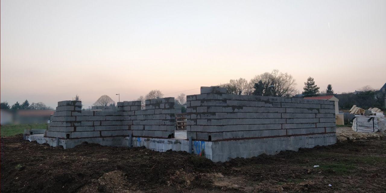 Élévation des murs (Jour 1)