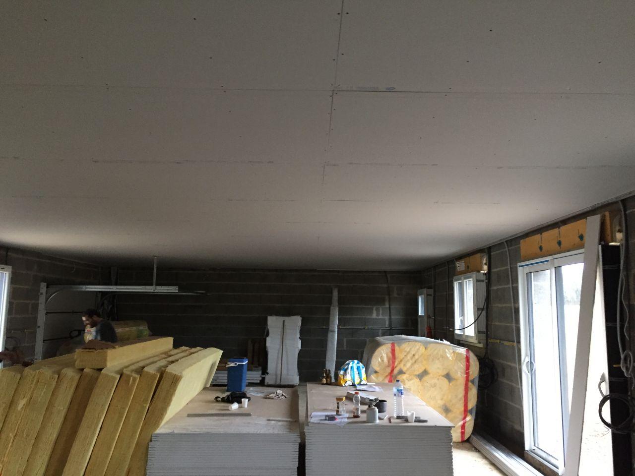 pose du placo au plafond