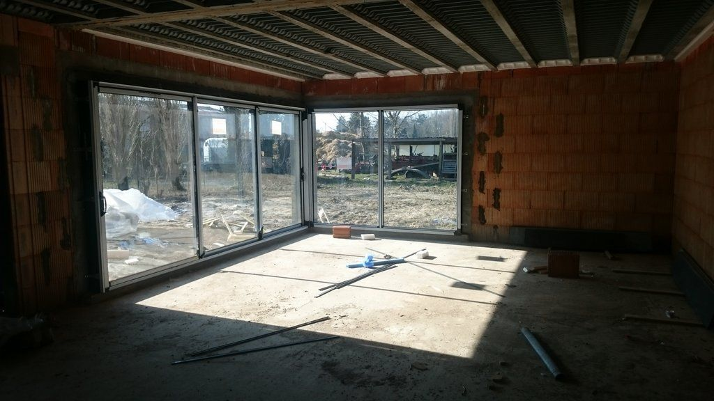 Les baies vitrées du séjour/salon