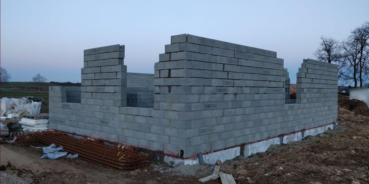 Élévation des murs (Jour 4)