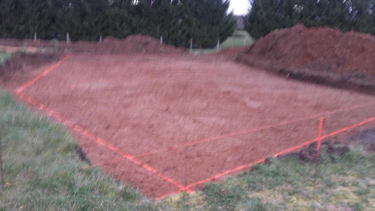 terrassement et traçage au sol