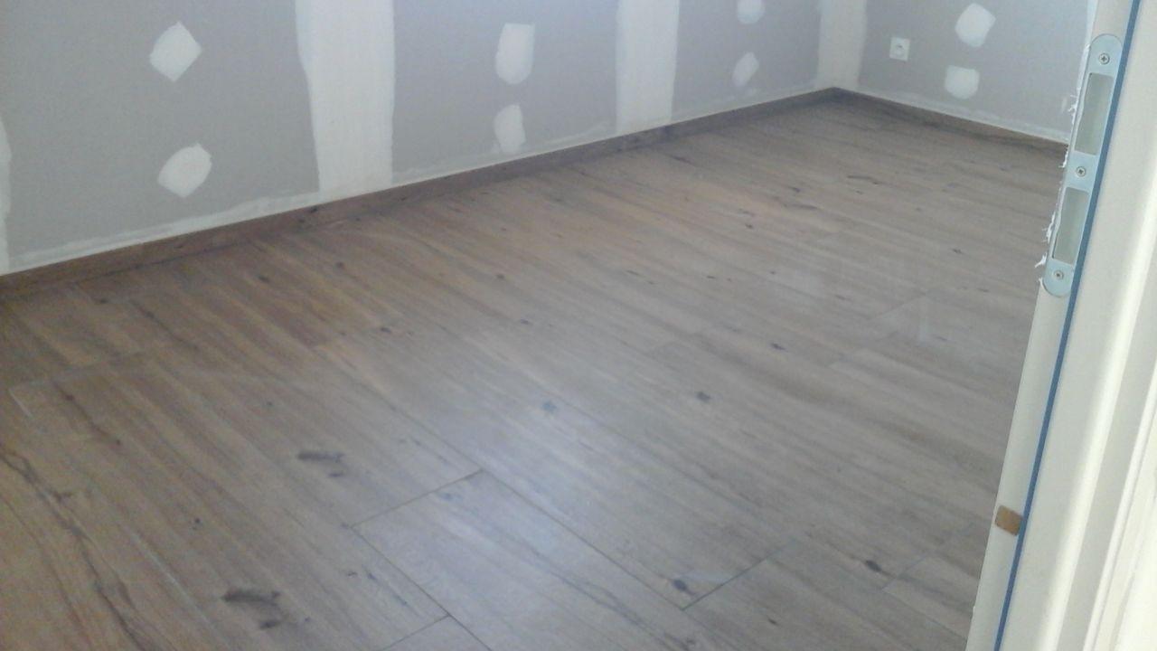 Carrelage imitation bois dans les chambre