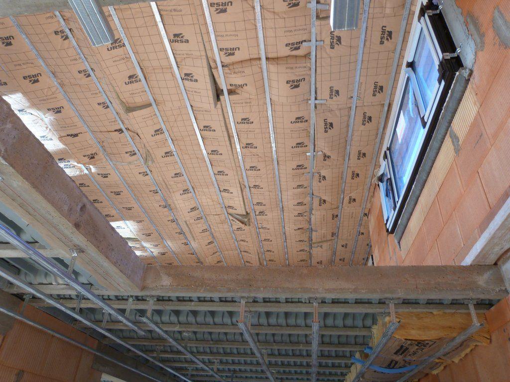 Isolation des plafonds et pose des rails