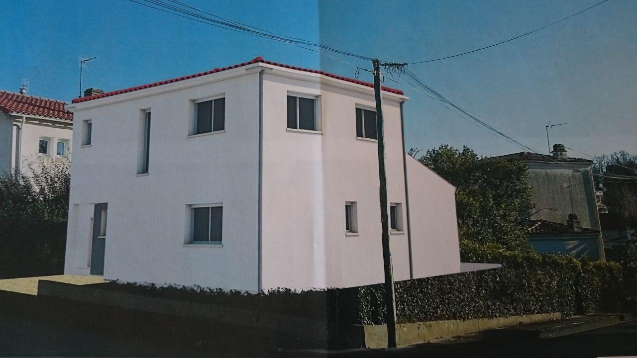 La maison positionnée dans l'environnement