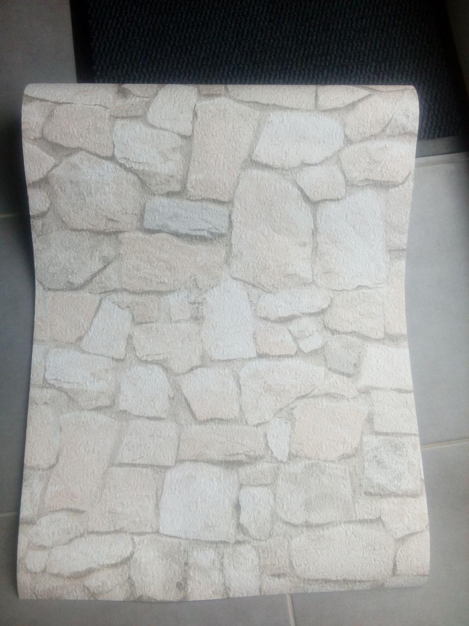 papier peint pour habiller le muret du bar