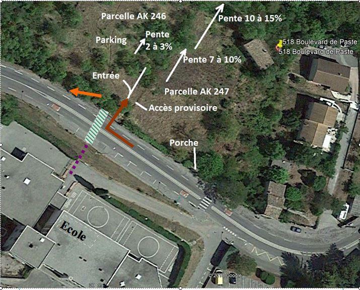 Les seuls travaux à réaliser : <br /> Un passage protégé par un feu tricolore, <br /> Une sortie indépendante de parking, <br /> Un escalier d'accès. (facultatif).