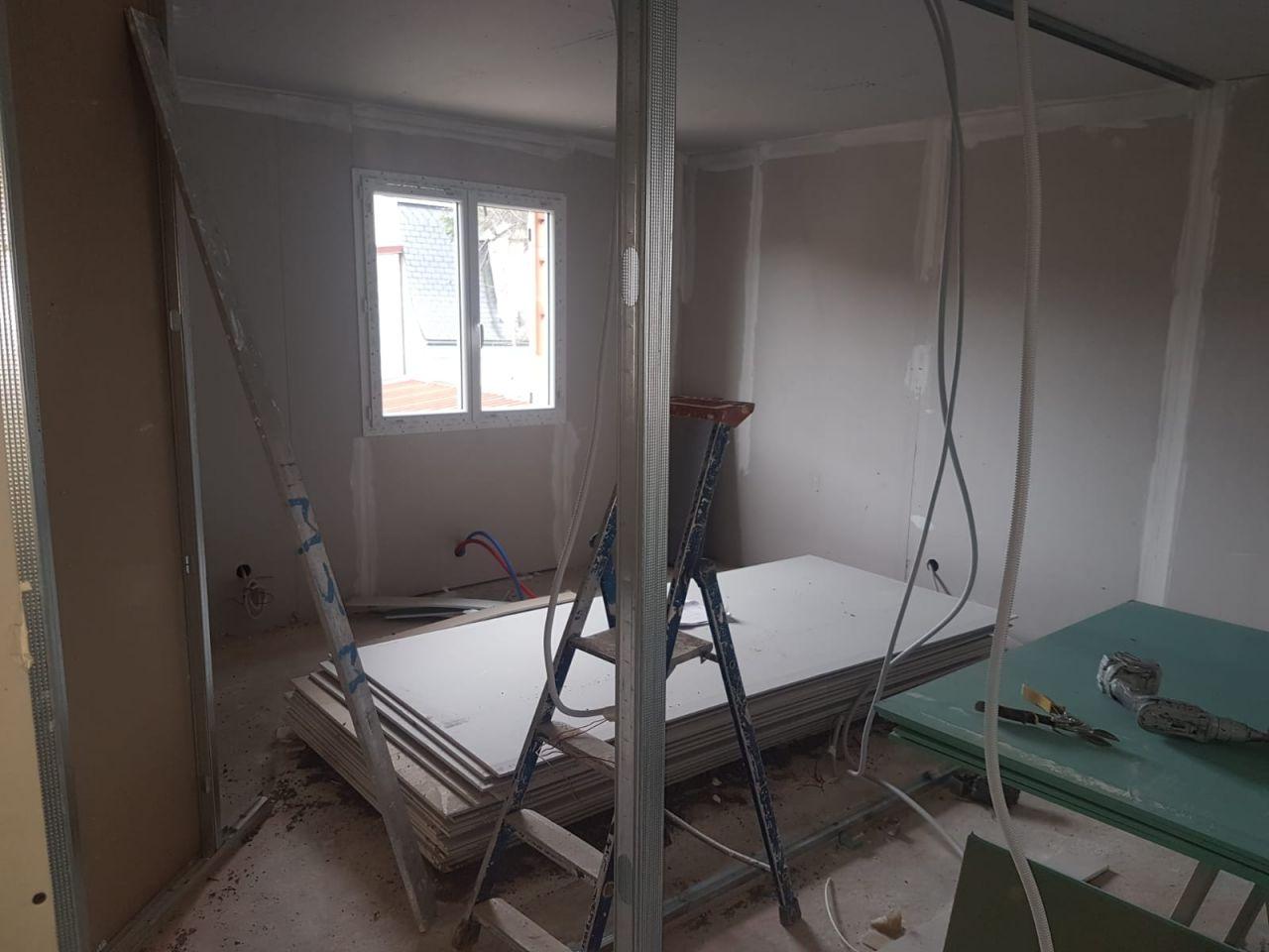 Pause de placo pour séparation des pièces de l'étage