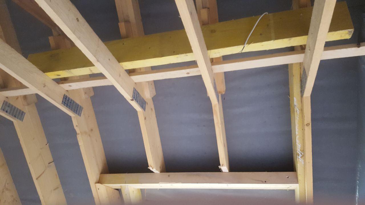 Renfort en haut sur fermette pour chevêtre 114x118