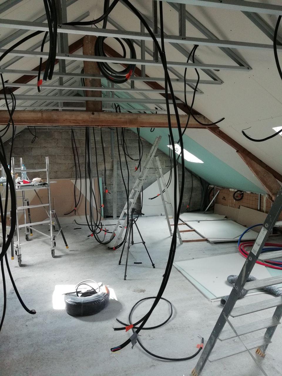 Passage de tous les cables elec