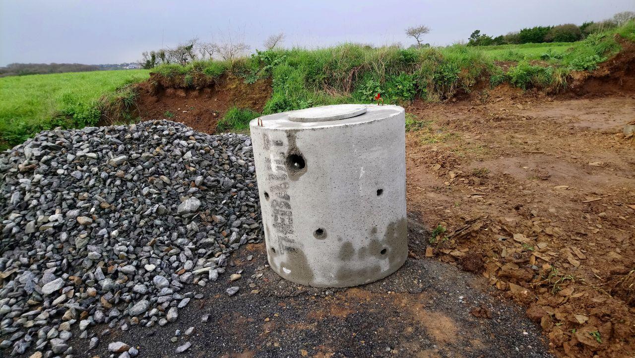 le fameux puits d'infiltration (non installé)
