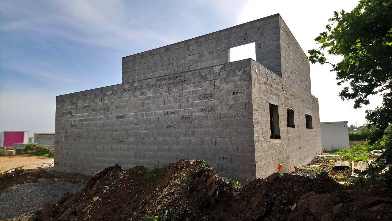 façade Nord/Est - maçonnerie terminée